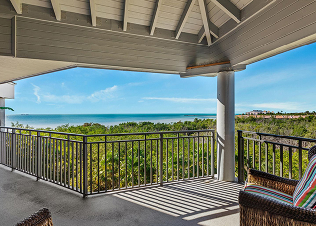 1800 Atlantic Blvd A410: Your holiday present awaits in Key West with this mesmerizing full ocean view condo!